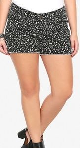 Lucky 13 shorts by Torrid